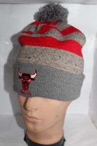 ee0332f8e8f Chicago Bulls Mitchell   Ness NBA Speckled Cuffed Pom Beanie Knit ...
