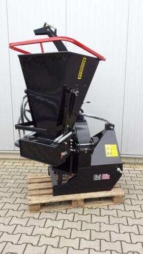 Holzschredder Holzhäcksler Buschholzhacker für Schlepper BX62RS m Hydr Einzug