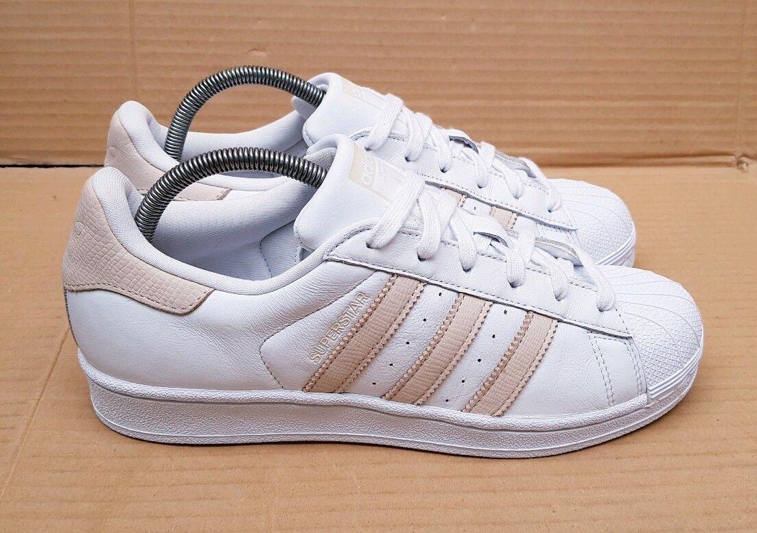 buy popular d38d2 61a18 Raro Shell Toe Zapatillas Zapatillas Zapatillas Adidas Superstar blanco y  ceniza desnuda en Reino Unido Excelente
