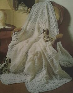 9177c26e6 VINTAGE Knitting Pattern BABY SHAWL   COT BLANKET in DK DOUBLE ...