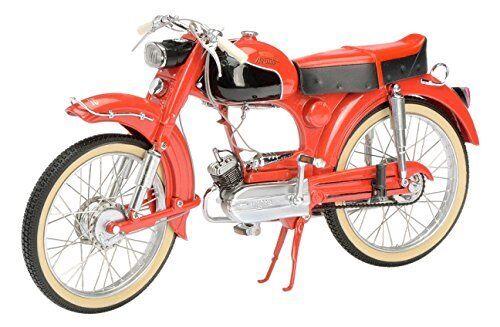 Schuco Victoria Avanti Avanti Avanti MK2 rojo 1 10 450666500 4d757c