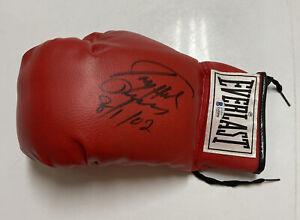 LARRY HOLMES Signed Everlast Boxing Glove Beckett BAS Z45096