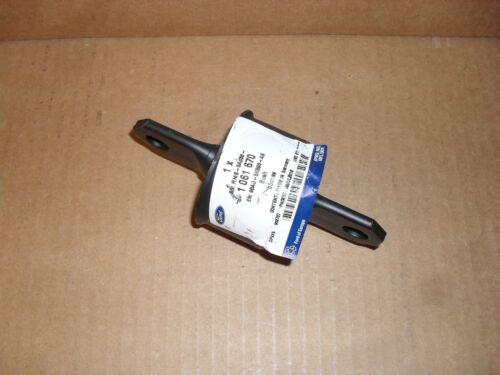 Achsschenkel hinten Focus I Original Ford Büchse 1061670 II