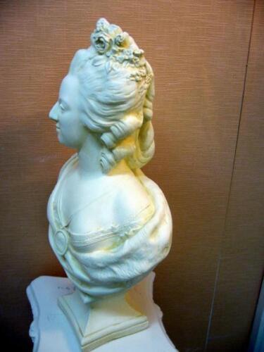platre armé H54cm buste Patine sable Marie antoinette