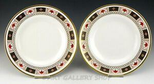 Royal-Crown-Derby-England-A1253-DERBY-BORDER-10-5-034-DINNER-PLATES-Set-of-2
