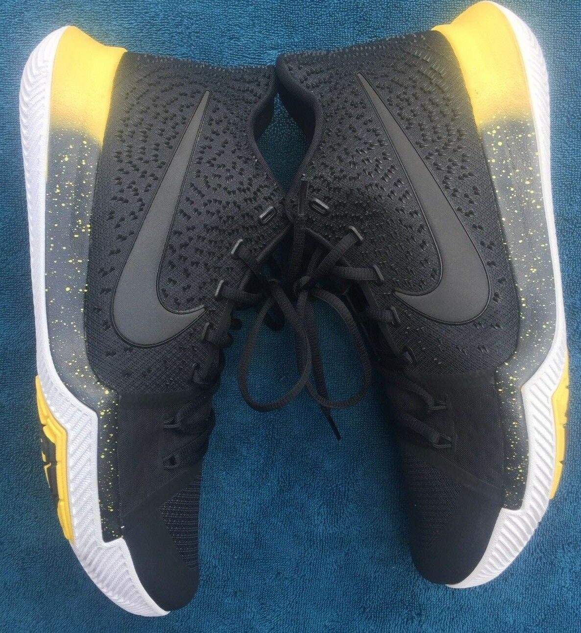 Nike Kyrie Irving 3 Basketball shoes  Mamba  Black Black Black Yellow (852395-901) Size 13.5 4dc2a7