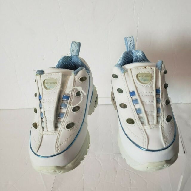 Skechers Light Up Sneakers Toddlers Size 5 Unisex White Shoes Boys or Girls NWT