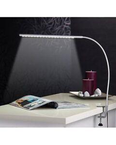 Lampe-de-bureau-orientable-a-LED