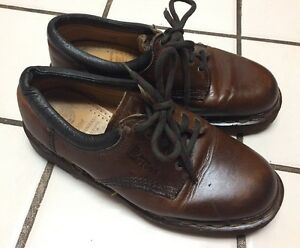 Dr Martens AW4 Brown Leather Lace Up
