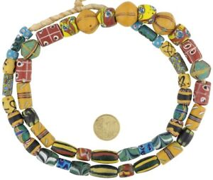 Antique-African-trade-beads-Fancy-millefiori-Feather-akoso-Venetian-glass-beads