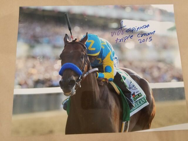 AMERICAN PHAROAH PHARAOH Kiss Owner Ahmed Zayat TRIPLE CROWN WINNER 2015 PHOTO