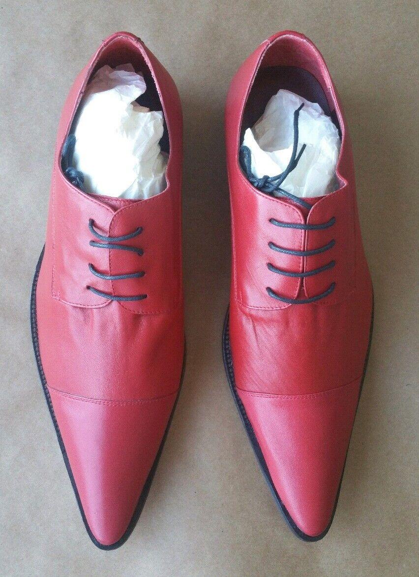 NIB Buckler Men's Red Dress shoes, Size 11.5, Includes shoes Bag & shoes Horn