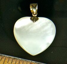 14K YELLOW GOLD - SIGNED EA White MOP Heart Mother of Pearl 3g - Pendant GO3701