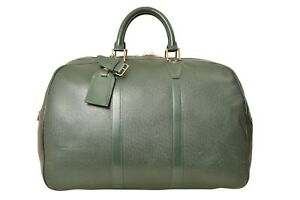 Louis-Vuitton-Green-Taiga-Kendall-PM-Travel-Bag-M30124-YG00332
