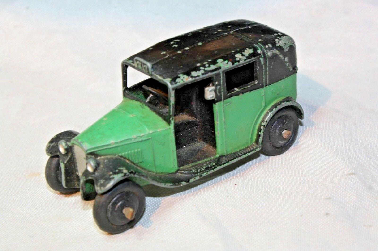 Dinky 36g Taxi with Driver, Post War, 1947-1950 Original