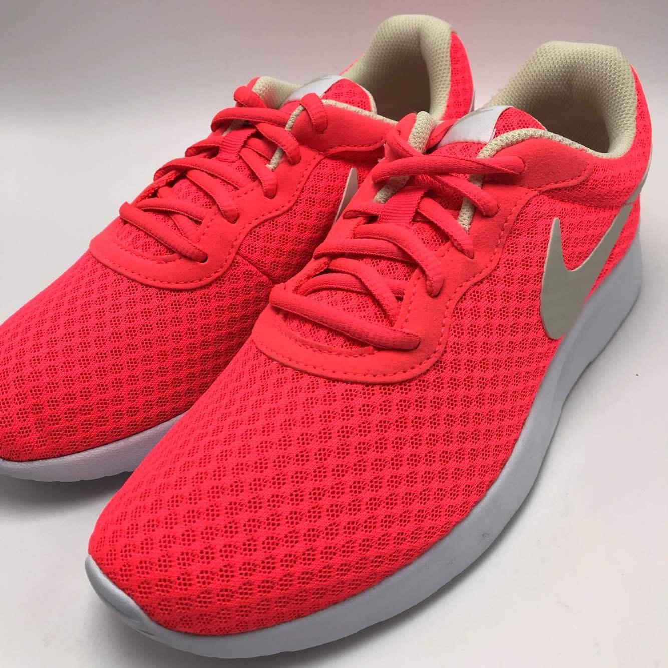 Nike Tanjun Women's Running Shoes Solar Red/LT Orewood BRN-White 812655-602