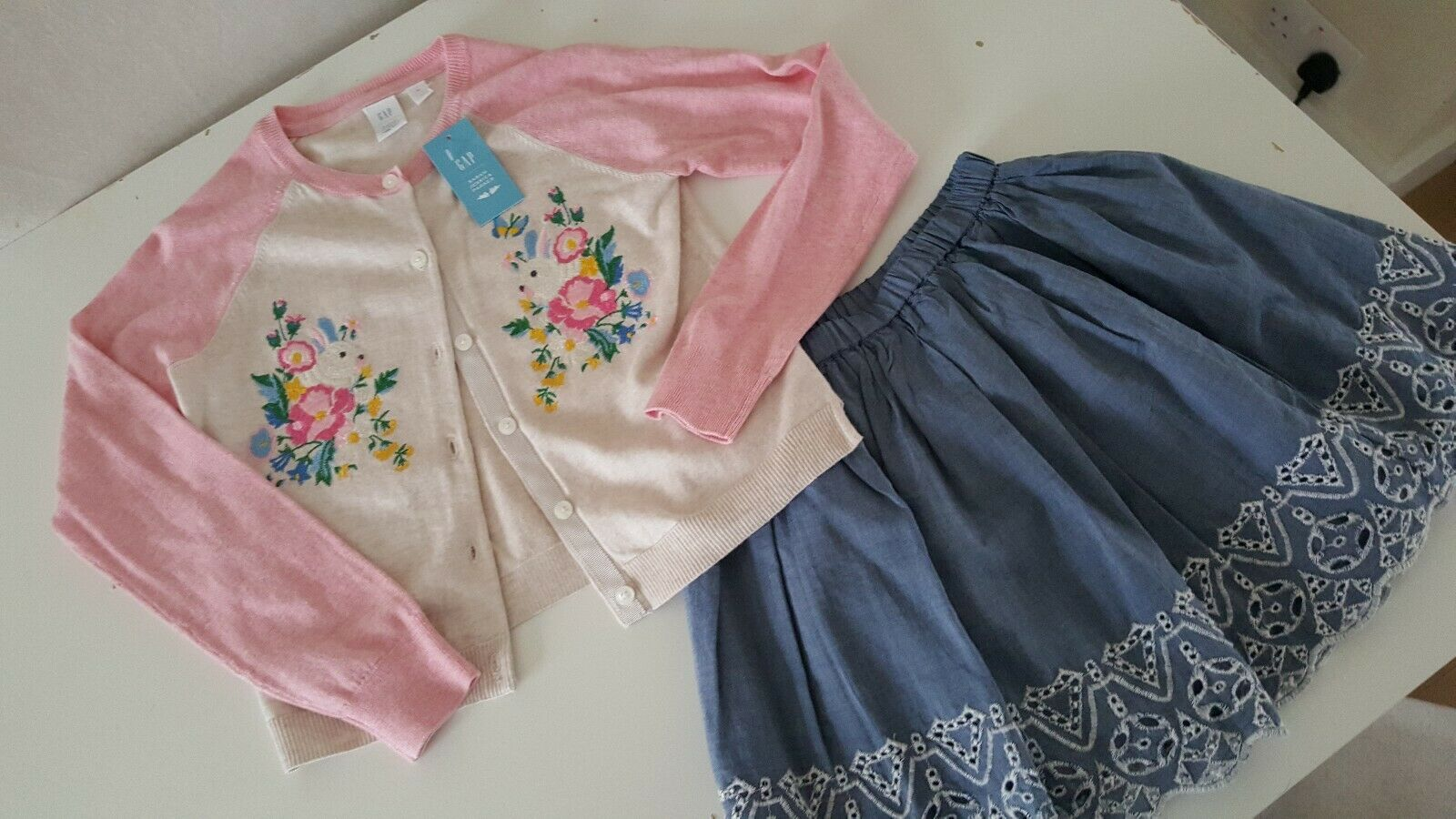 Gap Girls Skirt And Jessica Parker From Gap Cardigan Size M Bunny And Flower New