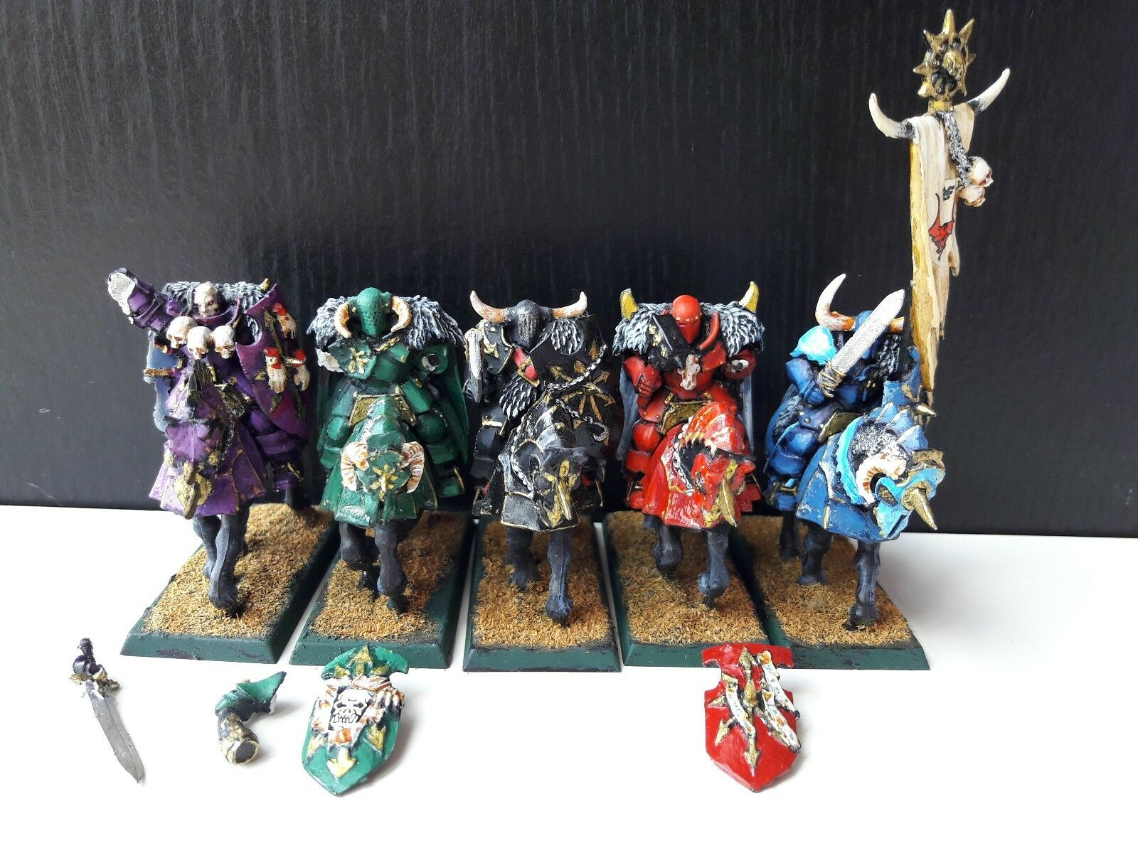 MOUNTED WARRIOR KNIGHTS OF CHAOS