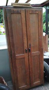 Details zu vintage Holzspind Spind Schrank Garderobe 20-30er Jahre