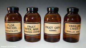 Konvolut-Apotheken-Flaschen-Gefaesse-wohl-um-1930-1955