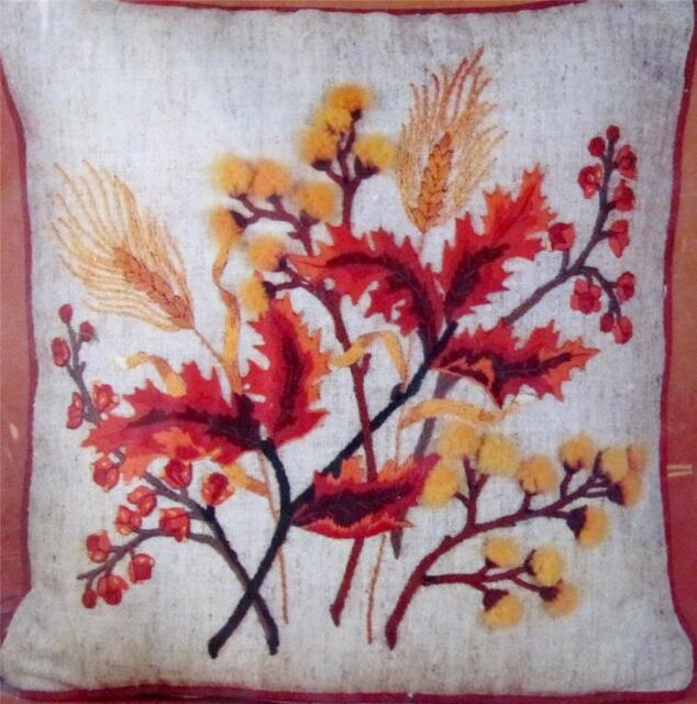 Embroidery Kit Autumn Spray Bucilla #2461 to Make 16 in. Square Pillow Crewel