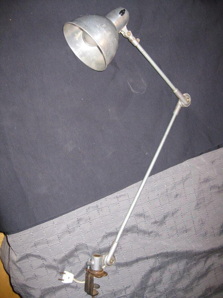 Arkitektlampe, RETROLAMPE