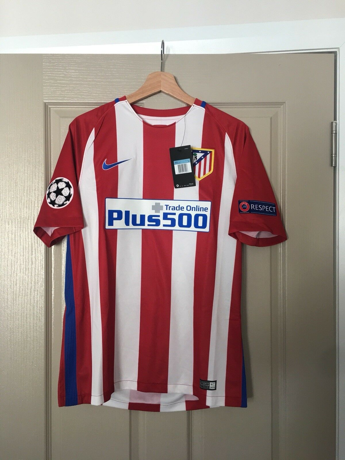 "Atlético de Madrid Home Jersey Medium 201617  ""GRIEZMANN 7""   Market"