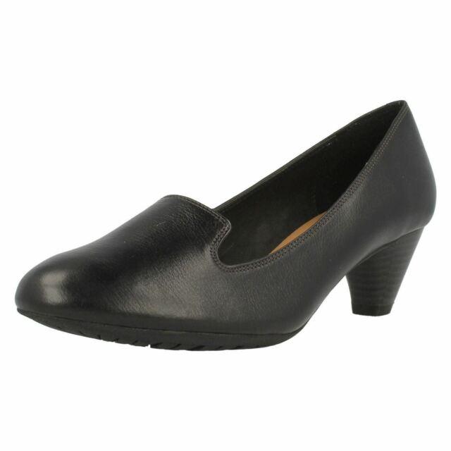 clarks wide fit black court shoes