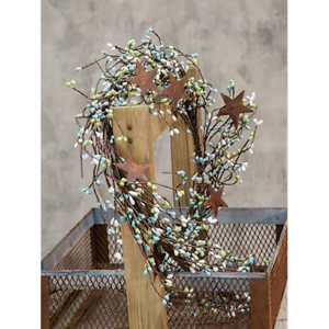 """Seabreeze Pip Berry 40/"""" Garland With Stars"""