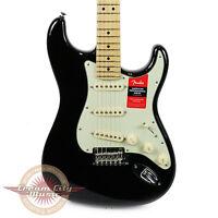 Brand Fender American Professional Stratocaster Maple Fretboard In Black