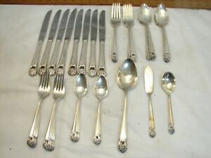 Set-1847-Rogers-Bros-Silver-Plated-Eternally-Yours-Flatware-42-pcs-svc-for-8