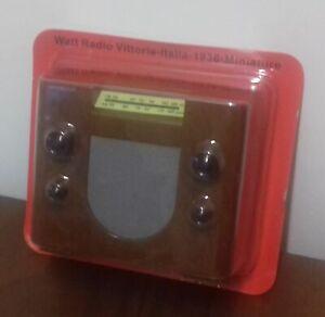 Radio in miniatura PHILIPS 830A imballo originale