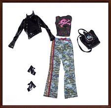 Beautiful  Barbie Clothes Set - Mattel - Fashionista, Fashion Avenue, Lot 1992