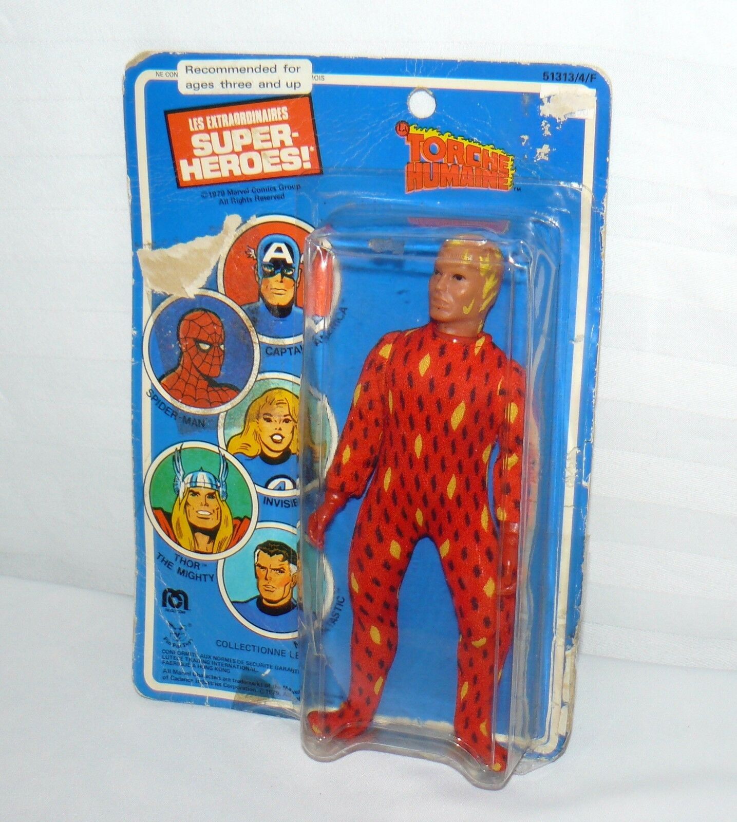 LES  EXTRAORDINARIES TORCHE HUMAINE 1979 ON CARD SUPER HERO ACTION FIGURE 1979