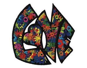 A-Repasser-a-Coudre-Love-Fleur-Alimentation-Tricote-Patch-Hippie-Woodstock