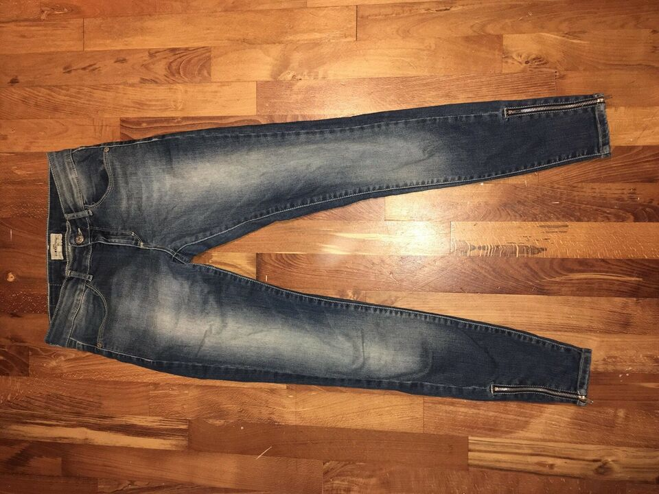 Blandet tøj, Jeans, bluse