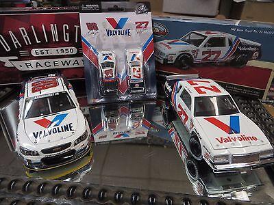 Cale Yarborough 1982 Valvoline /& Dale Earnhardt Jr 2015 Valvoline 2 Pack 1:64 Nascar Diecast