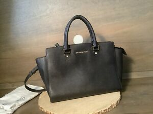 Michael-Kors-Large-Zip-Leather-Signature-Tote-Bag-BEAUTIFUL-PREOWNED