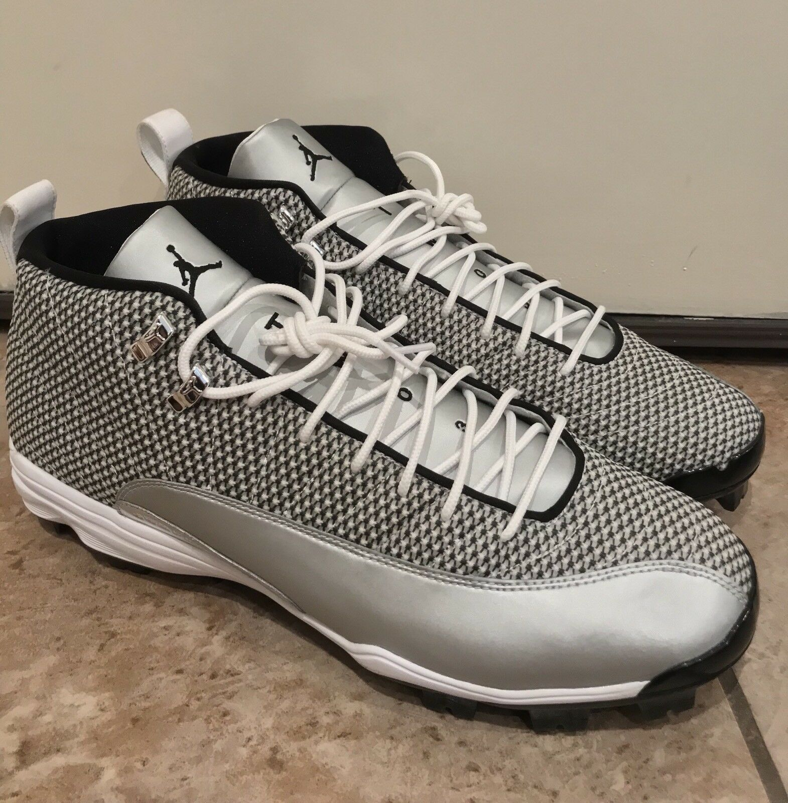 NEW Air Jordan 12 XII Authentic Baseball Cleats Shoes Silver Mens 15 854566-100