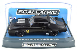 Scalextric-Mad-Max-Ford-XB-Falcon-DPR-W-Lights-1-32-Slot-Car-C3697