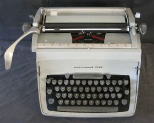 Vintage Underwood Five Touch-Master Typewriter Works Great EXC Condition + Cover