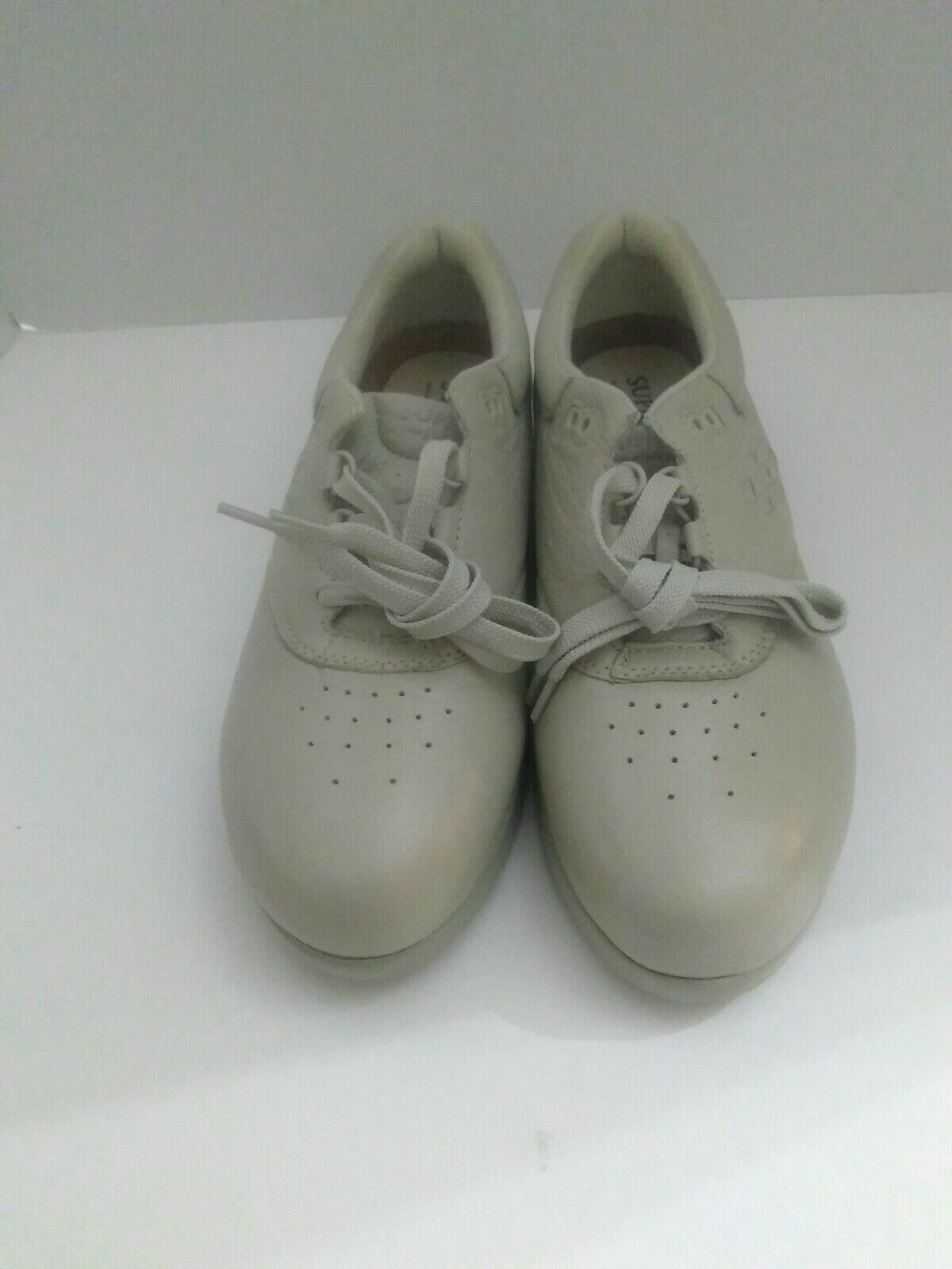 Supremes by Soft Spots Womens Size 10 N Comfort Shoes off white.