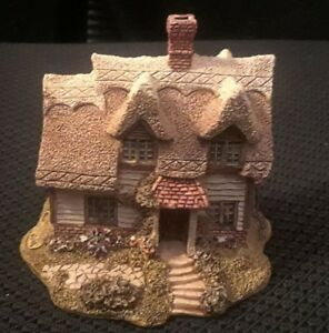 Vintage-Lilliput-Lane-Ash-Nook-1989-Handmade-Collectors-Ornament-EUC