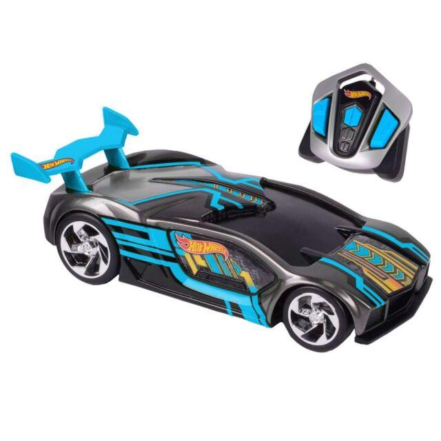 Hot Wheels Radio Remote Control Toy Racing Car Nitro Charger RC Impavido 90414