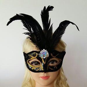 Maschere-carnevale-con-piume-e-strass-vari-colori-maschere-veneziane-carnevale
