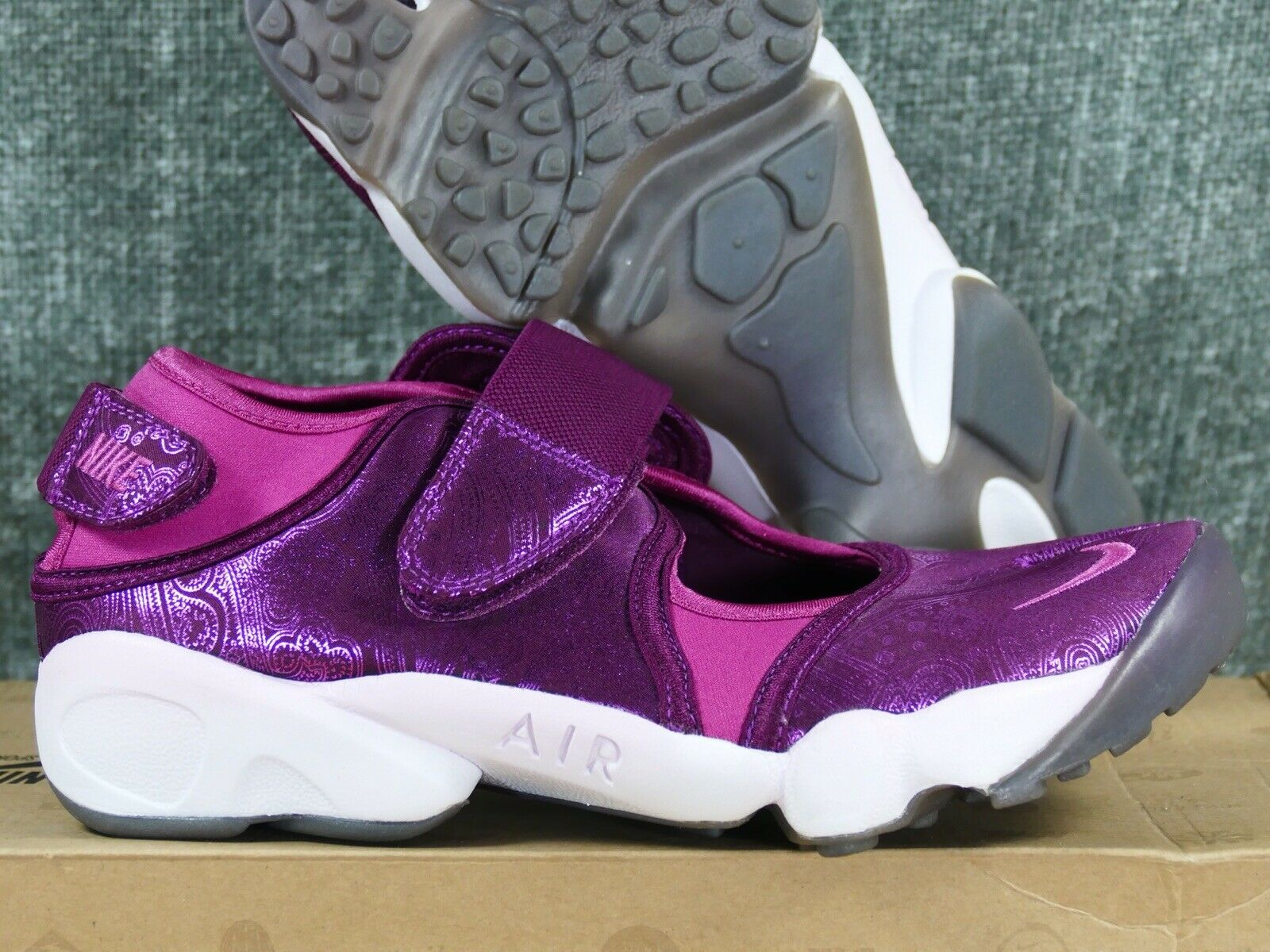 Nike Women's Air Rift sangria wineberry-white - - - retro 2010 6 8 9 running wmns 59d483