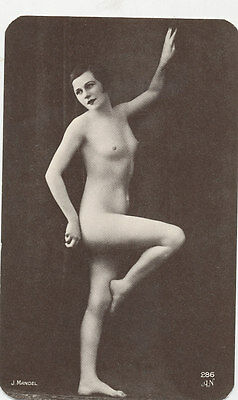 C3847 1960-70 REPRINT OF OLD POSTCARD FRENCH NUDE RISQUE LADY