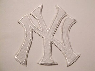 "New York Yankees White Logo Size 2/"" Embroidered Iron On Patch."