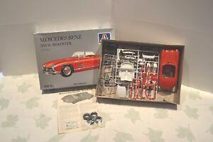 Italeri-1-24-Mercedes-Benz-300-SL-Roadster-2P-1957-Ref-658-Made-in-Italy