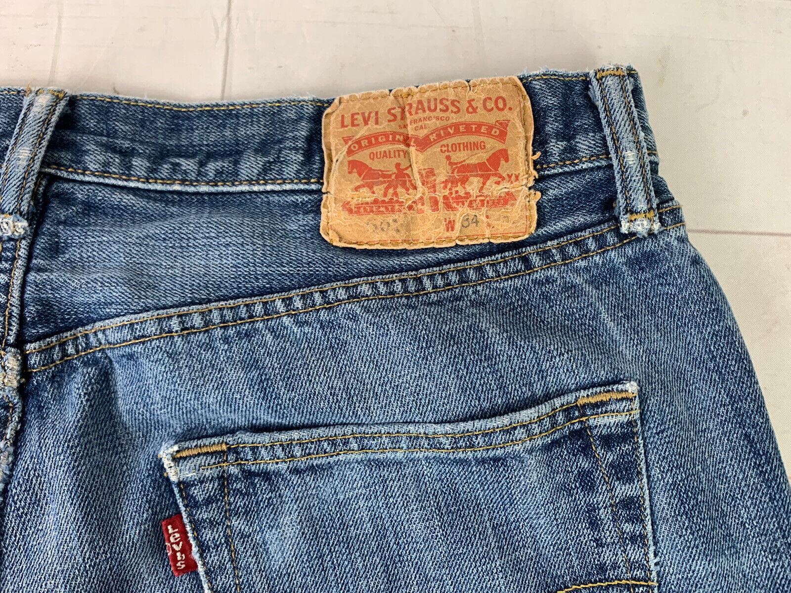 Jeans LEVIS 501 Label Size 34x32 Distressed Blue … - image 3